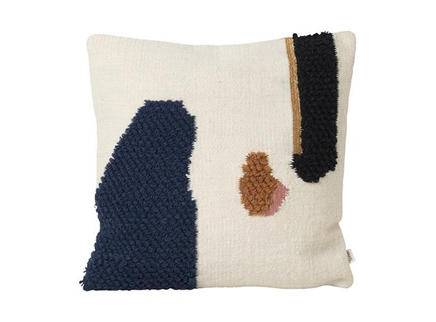 ferm living loop kissen die pampi. Black Bedroom Furniture Sets. Home Design Ideas